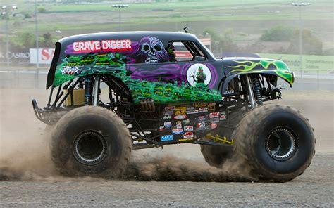 gravedigger monster truck video 10 scariest monster trucks motor trend