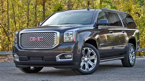 GMC Car :  2019 Gmc Sierra 1500 Will Get A Bold New Face