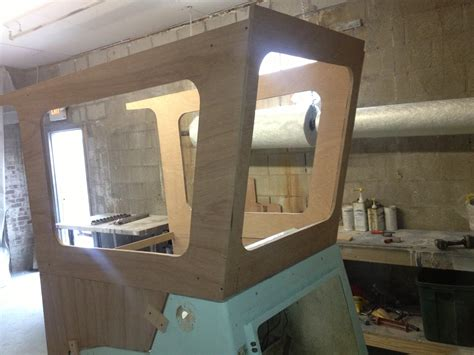 Fishing Boat Dog House by Looking To Buy Dog House Commercial Center Console The