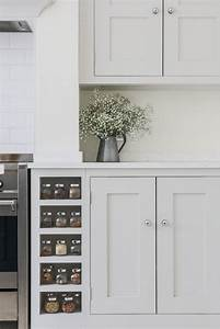Les 25 meilleures idees de la categorie ammonite farrow for Kitchen colors with white cabinets with 4 murs papier peints