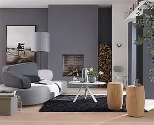 wohntipps furs wohnzimmer graue wohnzimmer schoner With balkon teppich mit tapete kamin