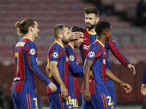 Preview: Barcelona vs. Real Betis - prediction, team news ...