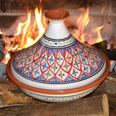 cuisiner dans un tajine en terre cuite meilleurs plats à tajine terre cuite fonte céramique gt tests 2018