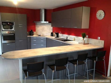 table cuisine moderne design cuisine en u stratifie clair cuisines raison