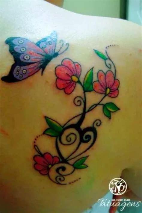 tatuagem flor com borboleta no ombro em 2020 Tatuagem