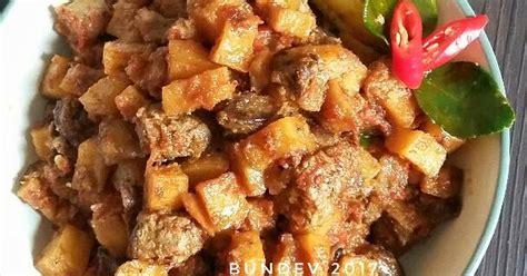 Belah 2 kentang lalu kentang bisa digoreng atau dipanggang jika ingin diet minyak. Resep Sambal Goreng Kentang Hati Ayam oleh Bunda Devi ...