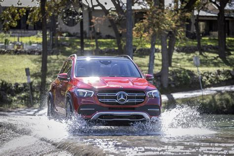 mercedes benz gle  drive review outrunning