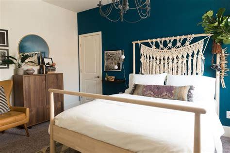 peacock blue bedroom ideas  pinterest animal