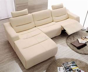White leather reclining sofa smalltowndjscom for Sectional sofas with 4 recliners