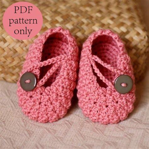 crochet baby booties crochet pattern pretty in pink baby booties