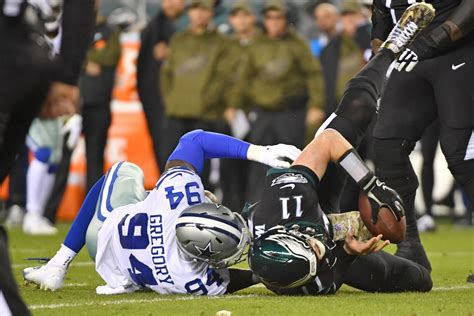 eagles  cowboys final score philadelphia suffers