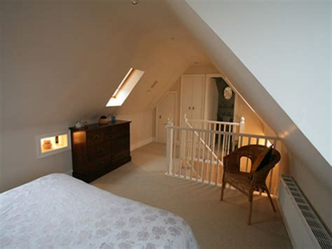Small attic bedroom design, small loft bedroom ideas loft