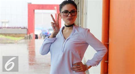 Nikita Mirzani Diajak Menikah Oleh Pejabat Showbiz