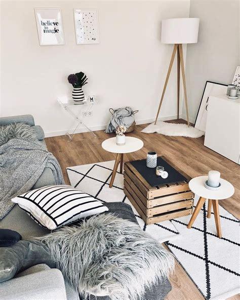 schlafzimmer ideen obstkiste stehleuchte tripod in 2019 couchtisch ideen