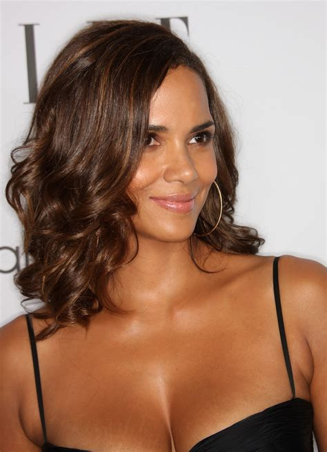A New Life Hartz Halle Berry Different Hairstyles 2019