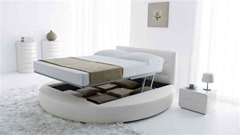 chambre a coucher avec lit rond lit rond design pour la chambre adulte moderne en 36 idées