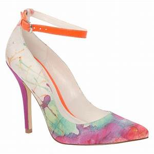 Fall Shoe Trends Pumps That Pack A Punch