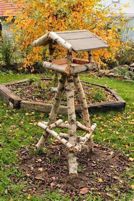 vogelfutterhaus selber machen vogelfutterhaus bauen garten vogelfutterhaus vogelfutterhaus bauen und v 246 gel
