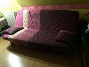 Canapé Rose Convertible : canap convertible rose et violet ~ Teatrodelosmanantiales.com Idées de Décoration