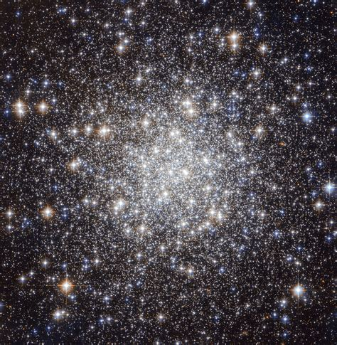 collection  ancient stars esahubble