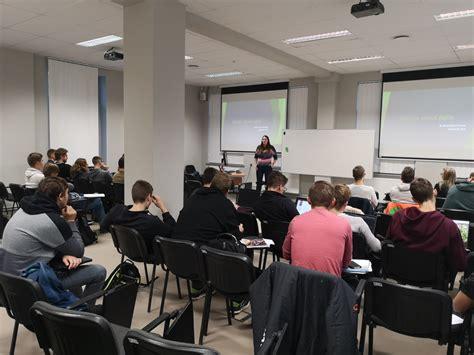 Stipendijas saņem labākie IT studenti   RTU Attīstības fonds