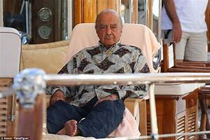 Mohamed Al Fayed39s Relaxes On A Yacht HALF Of Diana And