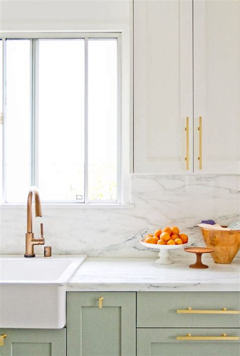 hammered cabinet pulls brushed 20 awesome color schemes for a modern kitchen