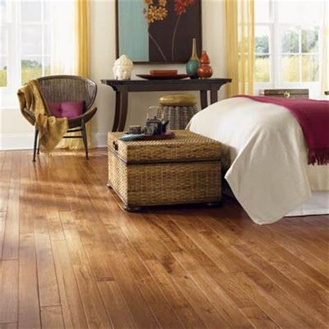 Hickory Saddle Handscraped   Great Lakes Flooring