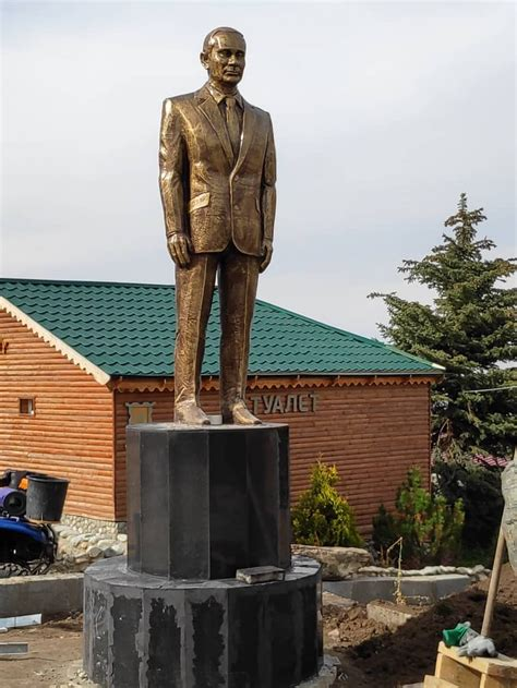 Large Statue of Putin Unveiled in Kyrgyzstan - The Moscow ...