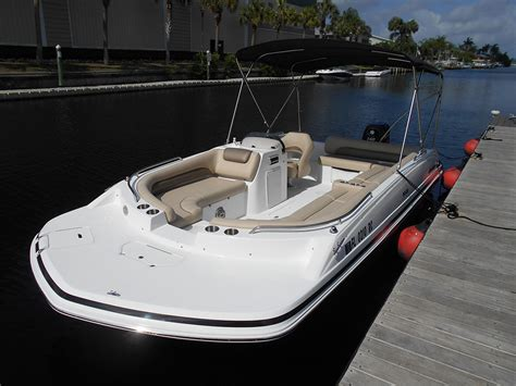 Pictures Of Hurricane Deck Boats by 20 Foot Deck Boat Pictures To Pin On Pinsdaddy