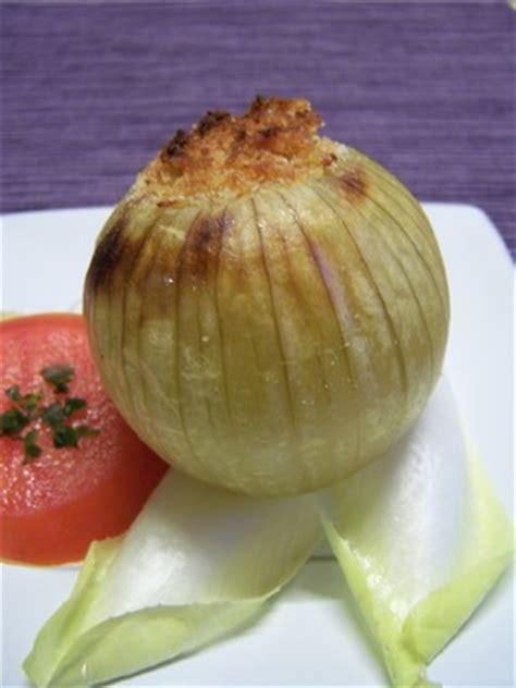 cuisiner les oignons oignon farci aux lentilles plat du jour recettes de