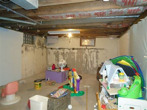 40523 unfinished basement playroom ideas 31 best unfinished basement playroom ideas images on