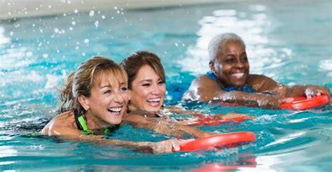 foto de Adult Swim Lessons YMCA of Greater San Antonio