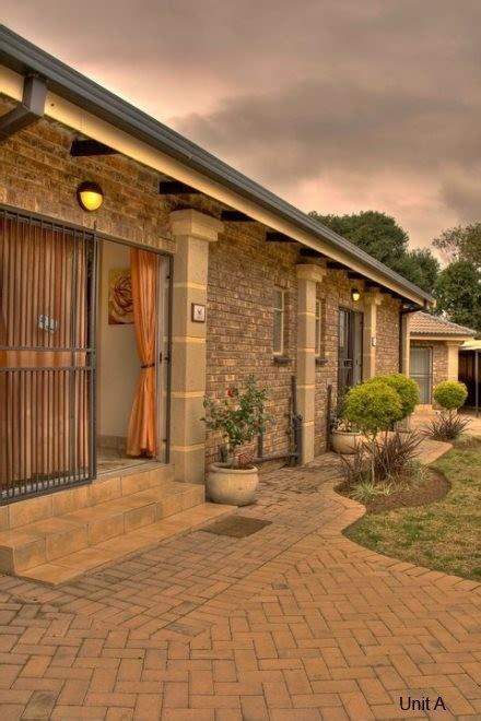 pillars accommodation  catering units middelburg