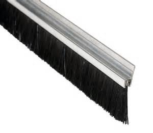 joint brosse porte coulissante profil brosse pbh joint plinthe quincaillerie batiment