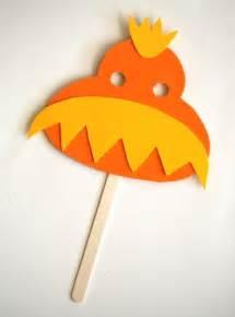 Dr. Seuss Crafts Lorax Mask