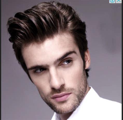 model rambut pria sesuai bentuk wajah  tampil menawan
