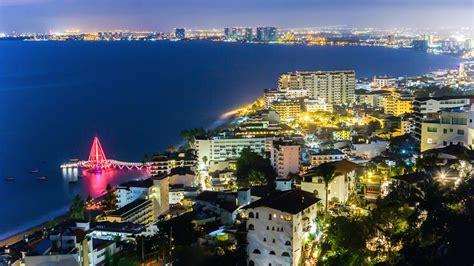 tourism directors strong plan  puerto vallarta