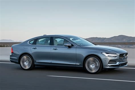 volvo  saloon  review auto express