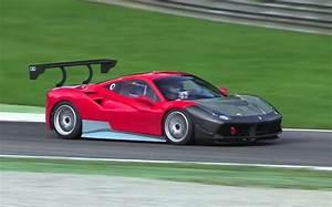 Ferrari 488 Challenge : ferrari 488 challenge racer spotted testing at monza video performancedrive ~ Medecine-chirurgie-esthetiques.com Avis de Voitures