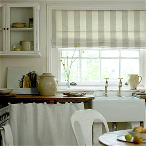 kitchen blinds ideas uk kitchen curtains or blinds 226 which one is right for you ideal home