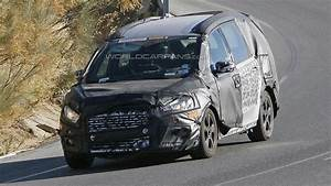 Ford Galaxy 2016 : 2016 ford galaxy spied inside and out ~ Medecine-chirurgie-esthetiques.com Avis de Voitures