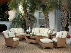 furniture ideas and tips in small space patio furniture