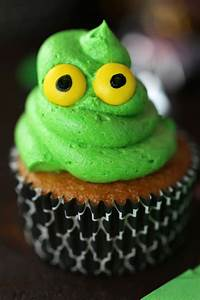 Green Ghost Cupcakes with Slime - Mom Loves Baking