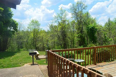 patoka lake cabin rentals patoka lake cabin rentals with tubs in southern