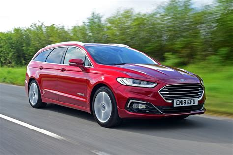 New Ford Mondeo Hybrid Estate 2019 Review