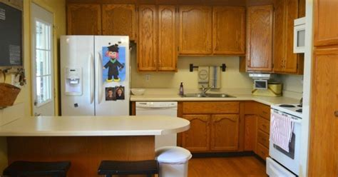 hometalk a diy kitchen makeover on a small budget do it yourself kitchen makeover hometalk