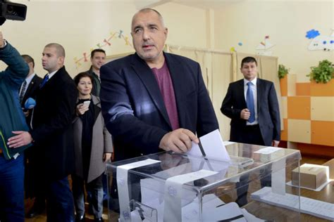 Pro-Russia candidate deals PM blow in Bulgarian election ...