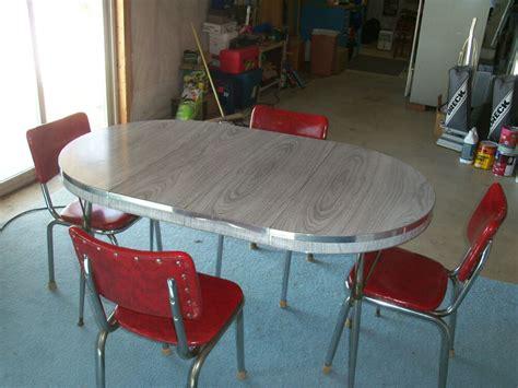 original retro kitchen table   leafs   chairs   ebay