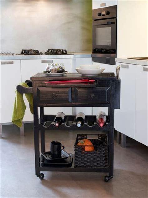 deserte cuisine relooker un meuble avec de la peinture ou du vernis